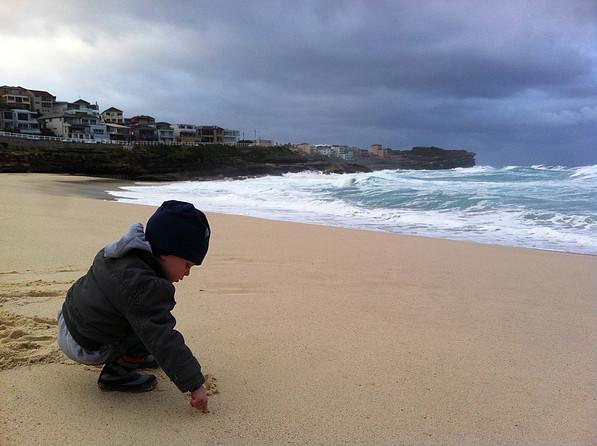 Sohn am Strand