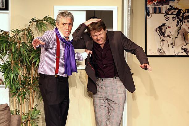 Jörg Plewe und Rene Heinersdorff in Der lustige Witwer